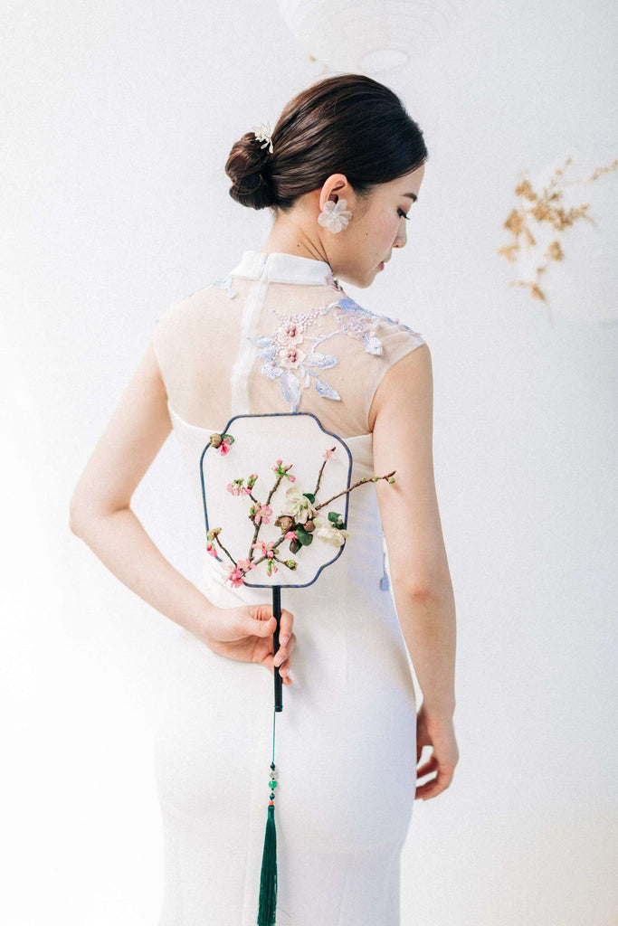 Chinese Wedding Tradition Ideas, Modern White Cheongsam and Chinese Fan
