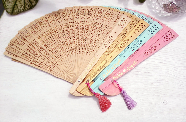 Chinese Wedding Guest Favor Ideas, Personalized Fans for Chinese Banquet