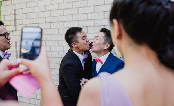8 Chinese Traditional Door Games to Play at Your Chinese Wedding, Pass the Seaweed