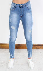 Blue Distressed Washed Ankle Grazer Jeans - Missfiga.com