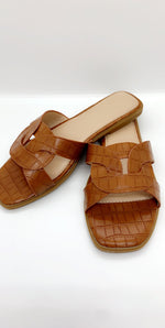 Camel Crocodile Strap Flat Sliders