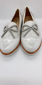 White Necklace Beads Bow Slip On Flats - Missfiga.com