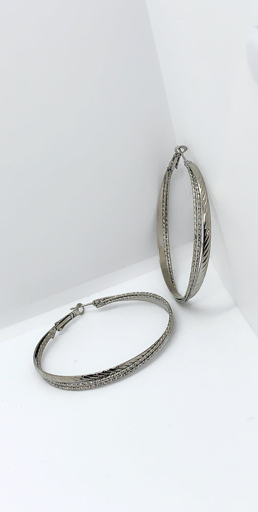 Marty Silver Hoop Earrings - Missfiga.com