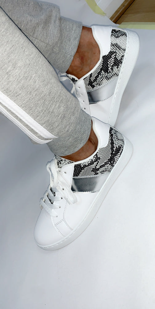 Silver Crocodile Panels Low Top Trainers - Missfiga.com