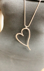 Amara Rose Gold Heart Shaped Necklace Pendant - Missfiga.com