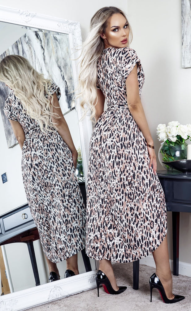 Madison Leopard Print Short Sleeve Wrap Day Dress - Missfiga.com