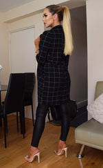 Danni Black Checked Longline Jacket - Missfiga.com