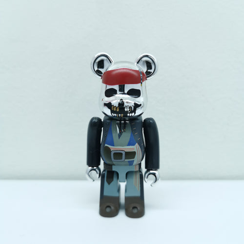 Bearbrick PIRATES of the CARIBBEAN on STRANGER TIDES SERIES 22 | 100% | No box | Pre-owned (2011)