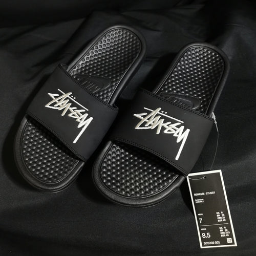 Nike x Stussy 2.0 Embroidered Benassi Slides (Black/Noir)(DC5239-001)