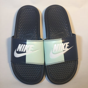 "Nike Benassi ""Just Do It"" Two-tone WMNS (Navy-Igloo)"