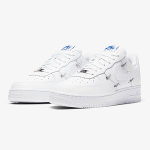 "Women's Nike Air Force 1 LX ""Metallic Swoosh"" (White/Hyper Royal)(CT1990-100)"