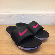Women's Nike Kawa Solarsoft Slides (Black/Vivid Pink)