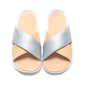 Women's Nike Benassi Future Cross SE (Bio Beige Metallic Silver)