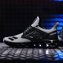 Load image into Gallery viewer, Elite Breathable Street-tide Trainers