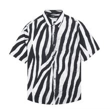 Load image into Gallery viewer, Animal S/S Shirt, Black / White