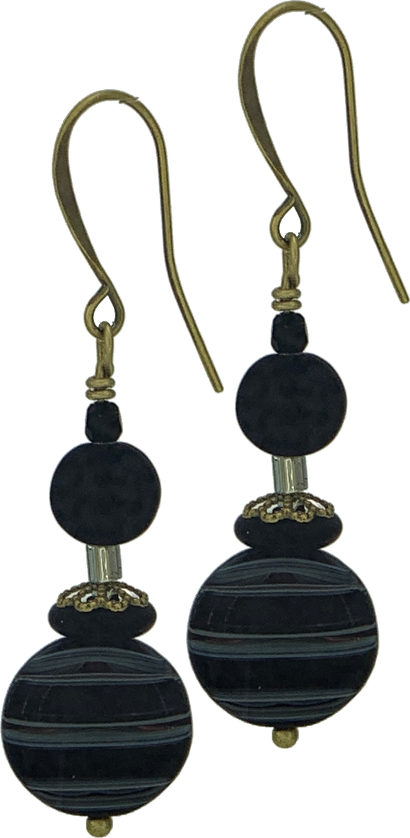 Black Disk with Black Accent Beads (Qty. 1 Pair)