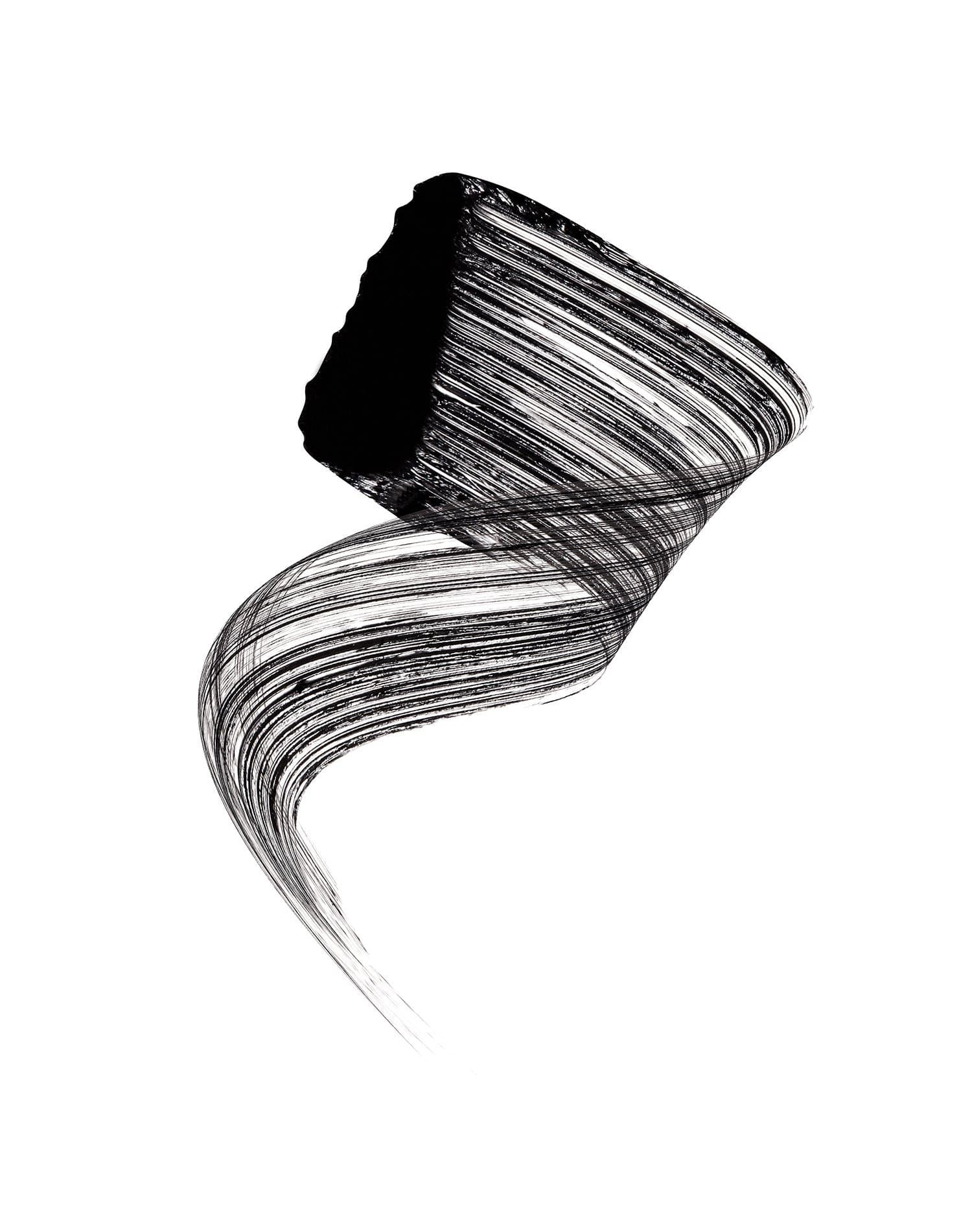 GRAPHIC LASH MASCARA (BLACK)