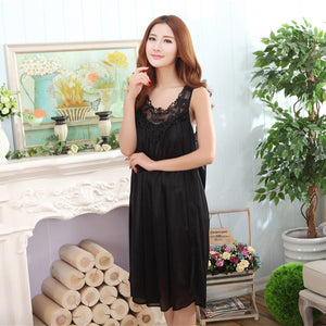 Wholesale 2017 Summer Imitation Silk Sexy Spaghetti Strap Nightgown Lace Appliques Hem Home Wear Solid Nightgowns for Women