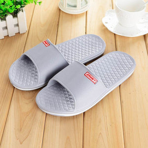 Men Shoes Solid Flat Bath Slippers Summer Sandals Indoor & Outdoor Slippers Casual Men Non-Slip Flip Flops Beach Shoes Size41-44