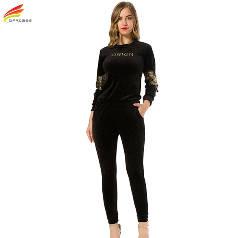 New Arrival 2017 Autumn Black Embroidery Gold Velvet Tracksuits Womens Long Sleeve 2 piece Hoodies Set Plus Size Sporting Suits