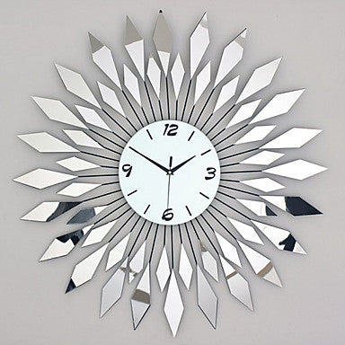 Modern / Contemporary Glass / Metal Round Indoor / Outdoor / Indoor Wall Clock