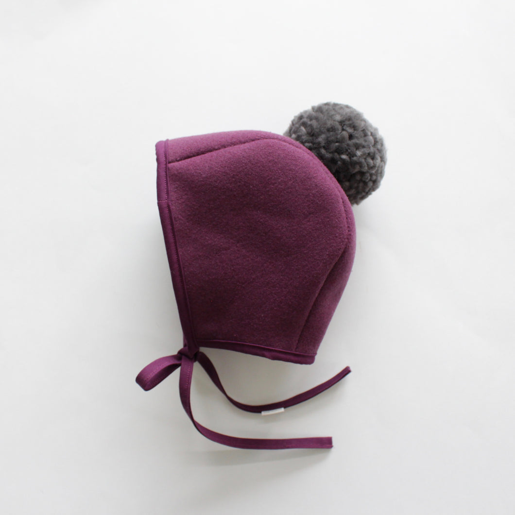WOOL POMPOM BONNET | MULBERRY