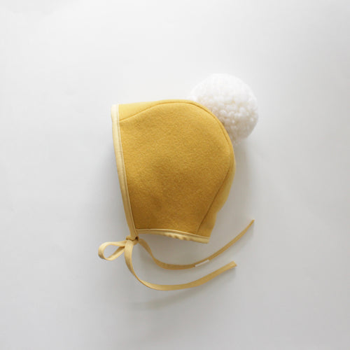 WOOL POMPOM BONNET | GOLDIE