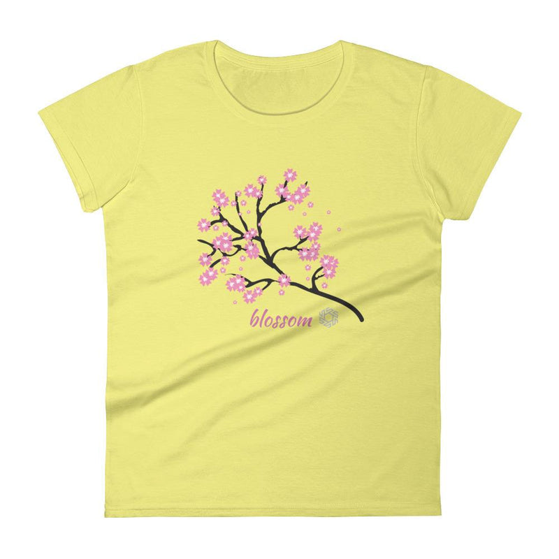 products/womens-bloom-t-shirt-spring-yellow-s-10.jpg