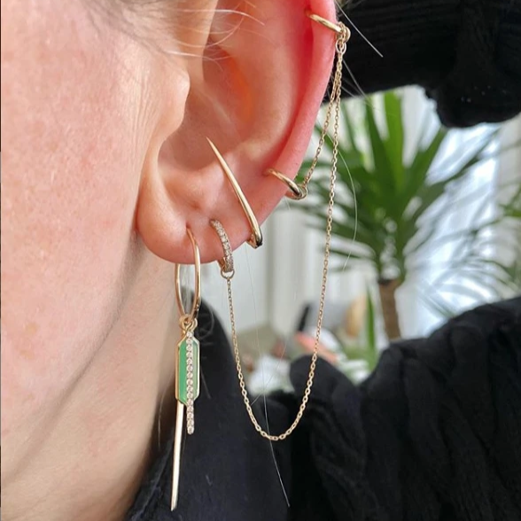 Chrysoprase & Diamond Bar Clicker Ear Story