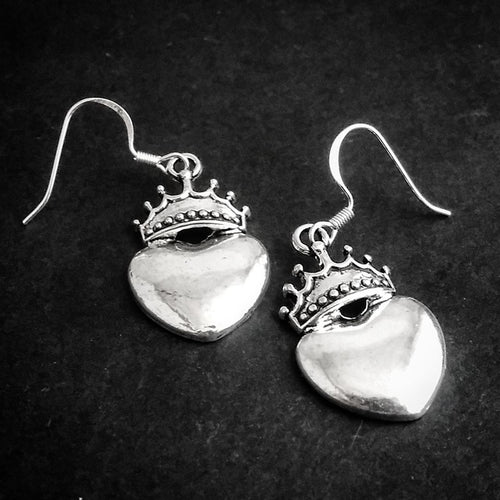 Queen of Hearts Earrings P2