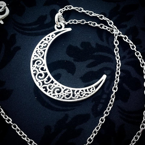 Luna Swirl Necklace