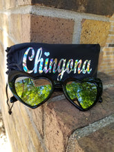Load image into Gallery viewer, CatEye Corazon Sunglasses with Chingona Pouch