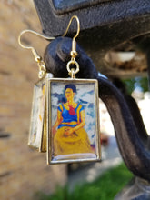 Load image into Gallery viewer, Dos Chingonas Earrings