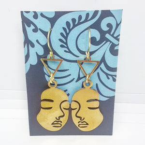 Rostro Earrings with Triangle silhouette