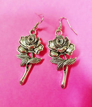 Load image into Gallery viewer, La Rosa Earrings