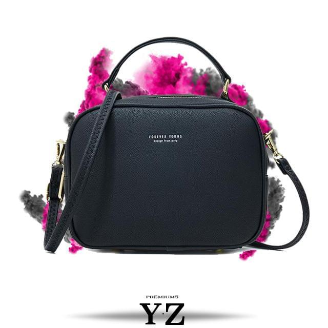 Signature Handbag - Deep Black