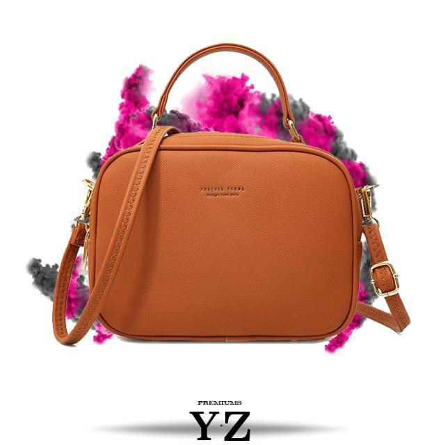 Signature Handbag - Matte Brown