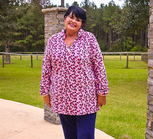 Load image into Gallery viewer, Louie Leopard Fleecie Pullover