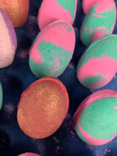 Load image into Gallery viewer, Easter Egg Bath Bomb Box