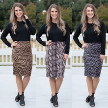 Load image into Gallery viewer, Animal Print Zip Pencil Skirts