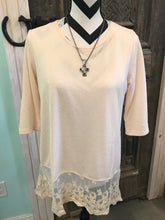 Load image into Gallery viewer, Cream Light Knit Lace Hem Tunic