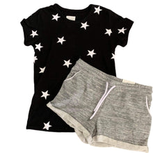 Load image into Gallery viewer, Seeing stars crew neck tee in black