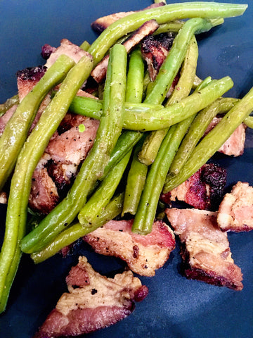 champagne vinegar green beans with Whole Foods maple blueberry bacon
