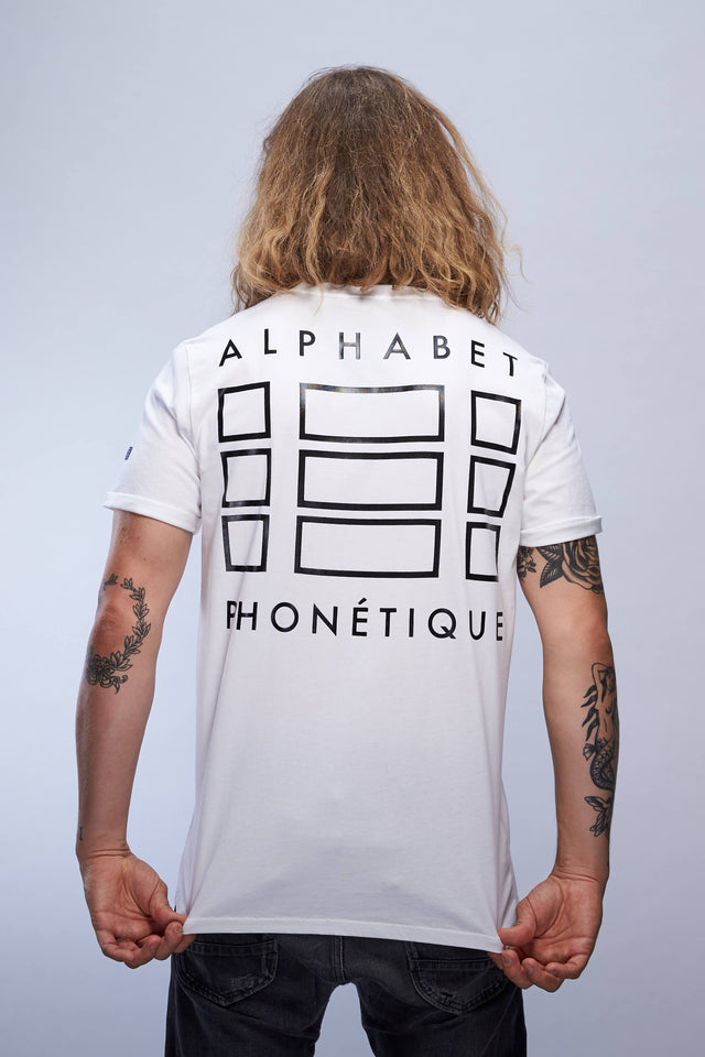 man in white Alphabet Phonétique backlogo tshirt from the SIERRA18 collection back view