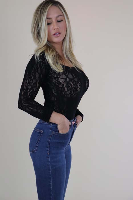 Black Seamless Lace Long Sleeve Top