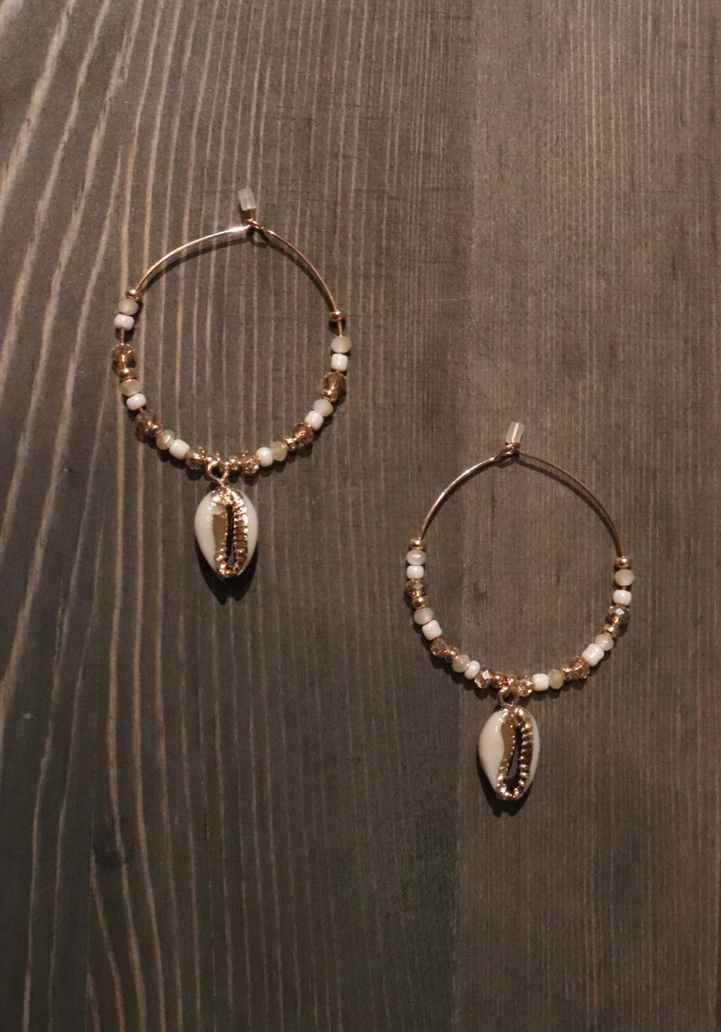Tahiti Shell Earrings
