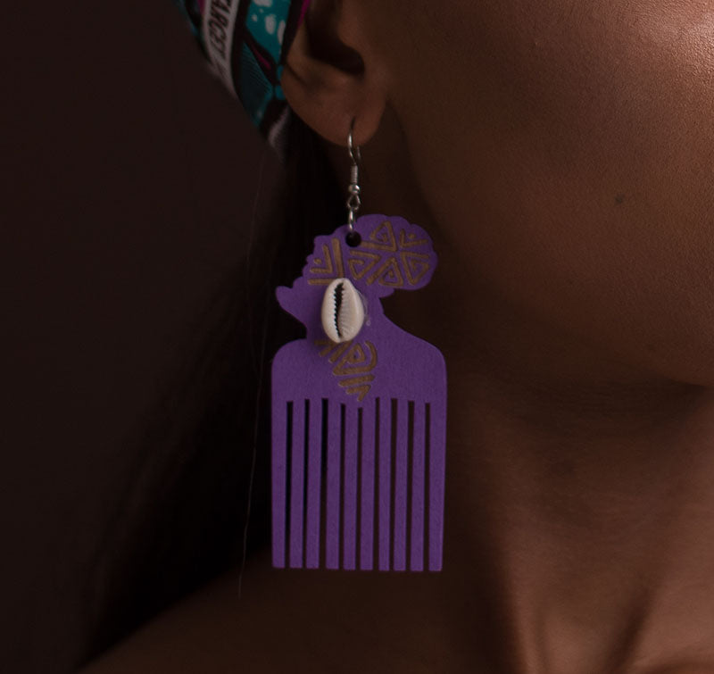 Afro Comb With Cowry Earrings