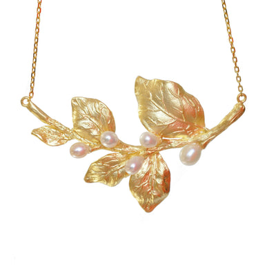 White Bloom Necklace - Gold