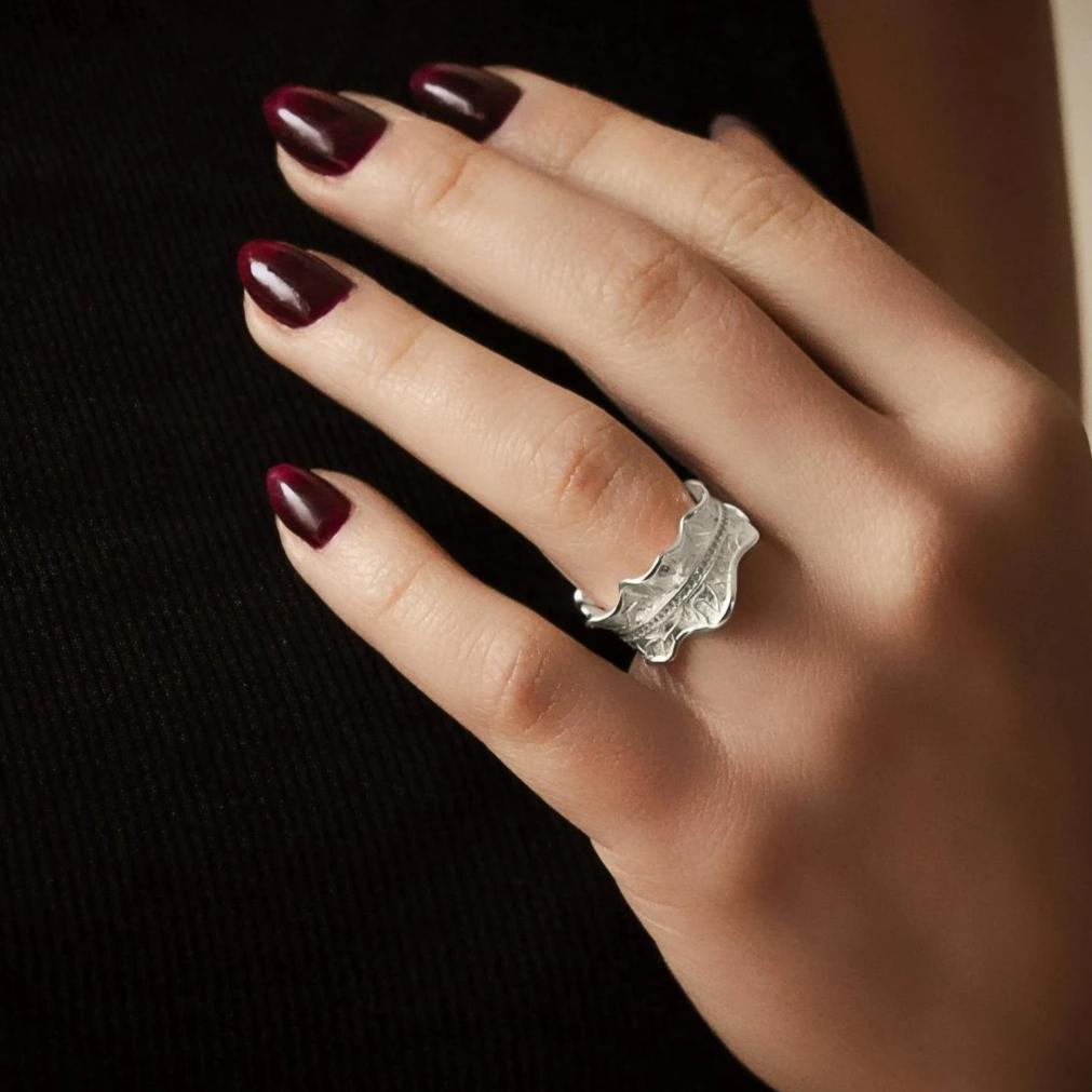 Peony Leaf Ring with stones