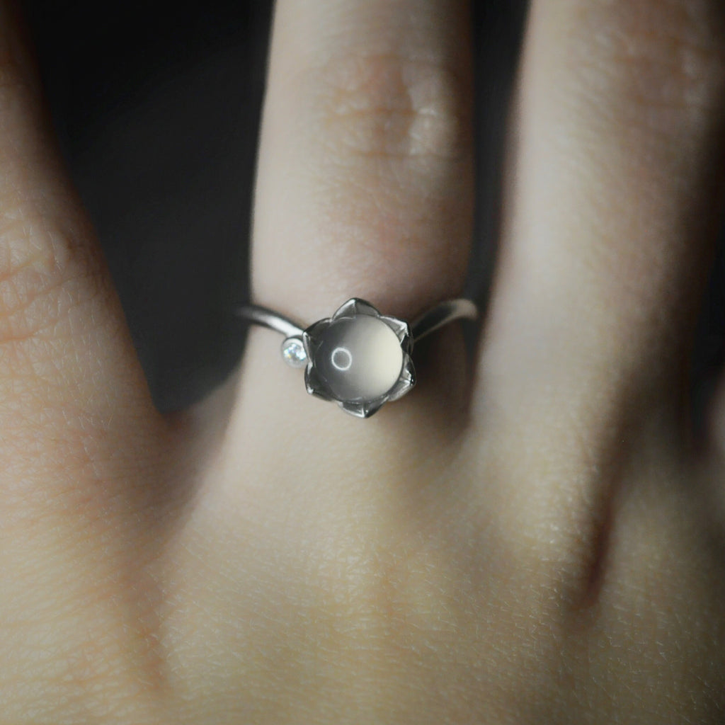 Peony Ring - silver